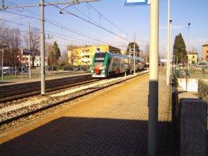 treno Pesa lungo la linea ferroviaria Bologna - Casalecchio - Vignola