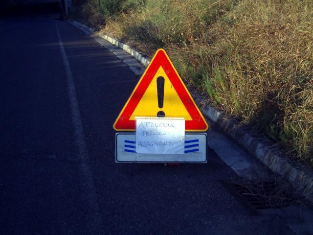 cartello di pericolo divertente