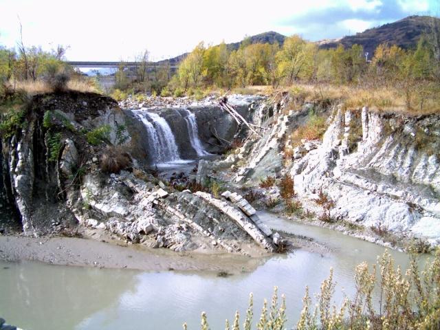 fiume secchia tra Castellarano e San Michele dei Mucchietti, flysch di Monte Cassio