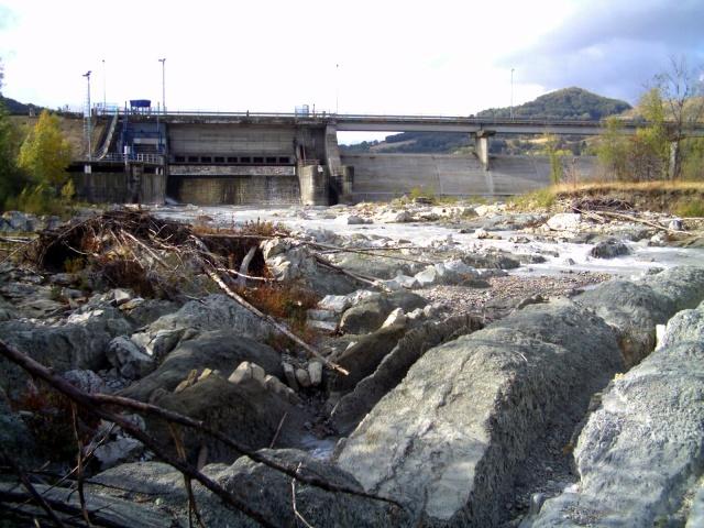 fiume secchia, diga a Castellarano
